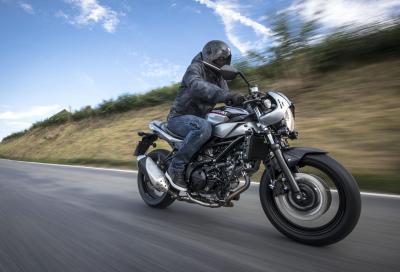 Suzuki SV650X: SV in abito café racer