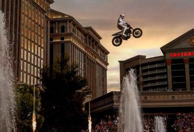 Sulle orme di Evel Knievel, Pastrana show a Las Vegas