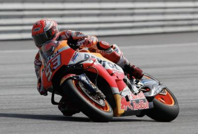 Pole stellare di Marquez in Austria, seguono le Ducati