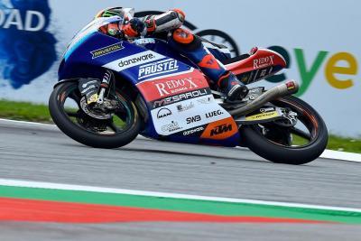 Moto3: Bezzecchi trionfa, ma che rimonta Bastianini!