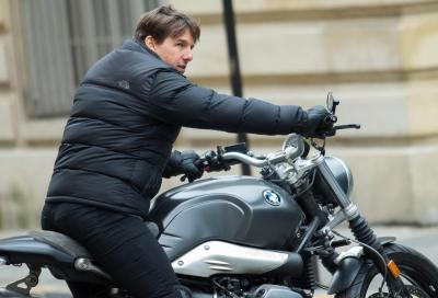 Tom Cruise torna nelle sale in sella a una BMW R NineT