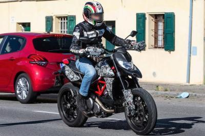 Ducati presenterà una nuova Hypermotard 939