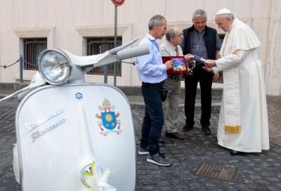 Una Vespa per Papa Francesco