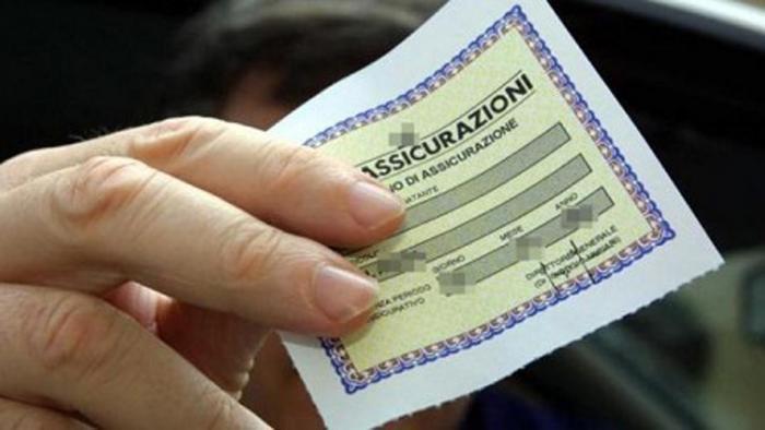 Assicurazione moto: addio alle polizze sospendibili?