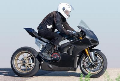 Le foto spia della nuova Ducati Panigale V4 R