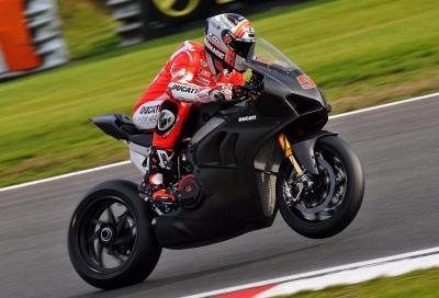 """Pirro: """"La Panigale V4 R è simile alla MotoGP"""""""
