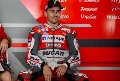 Lorenzo abbandona il GP della Malesia
