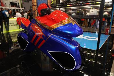 Motomorphosis, una moto da supereroe