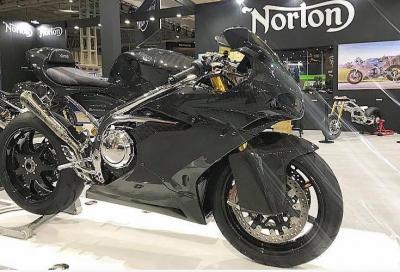 Nuova Norton Superlight, animo racing