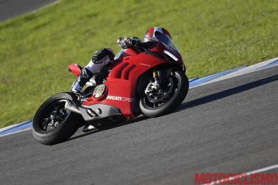 On board a Jerez con la Ducati Panigale V4 R