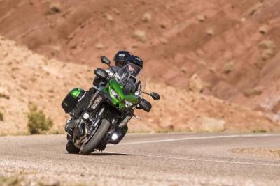 Nuova Kawasaki Versys 1000. Un video svela tutti i dettagli