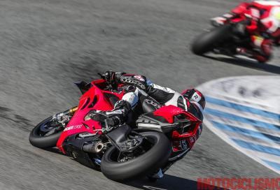 Ducati V4 R 2019, il video del test