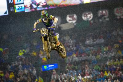 Il Supercross riparte ad Anaheim: doppietta Yamaha con Barcia e Nichols