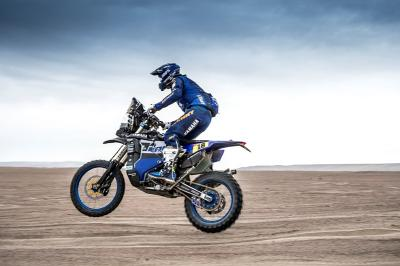 Dakar 2019, day 3: De Soultrait al top, Barreda out