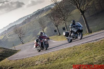BMW R 1250 RT vs Harley-Davidson Ultra Limited
