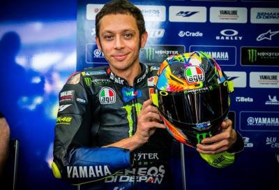 """Rossi a Sepang con il casco in livrea """"Winter Test 2019"""""""