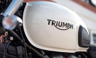 Triumph sonda il terreno dell'elettrico