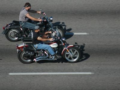 Il Texas cerca di fermare i furbetti che viaggiano senza casco