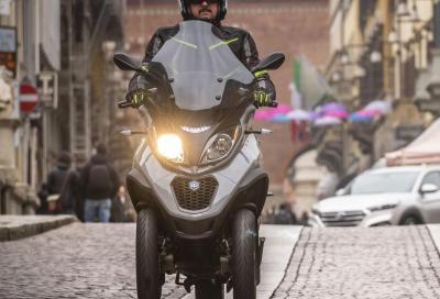 Scooter a 3 ruote: posso guidare con la patente B anche un 500 cc?
