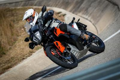 KTM 790 Adventure: il test su strada