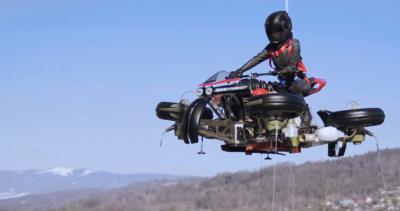 La moto volante è pronta al decollo