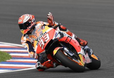 Marquez impeccabile a Rio Hondo, Rossi e Dovi sul podio