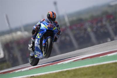 Disastro Honda ad Austin: Rins vince davanti a Rossi
