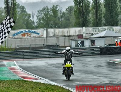 Moto Guzzi Fast Endurance: vittoria per Aliverti e Guareschi