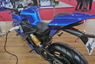 Emflux One, superbike elettrica low cost