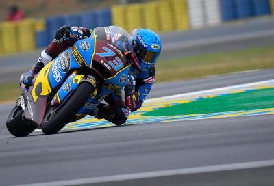 Spagnoli alla riscossa in Moto2: Marquez trionfa, flop gli italiani