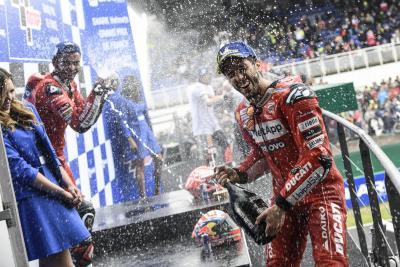 Gioco di squadra Ducati a Le Mans
