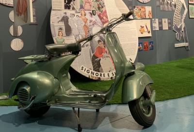 """Vespa ed enogastronomia al Museo Piaggio: la mostra """"Fuori Porta"""""""