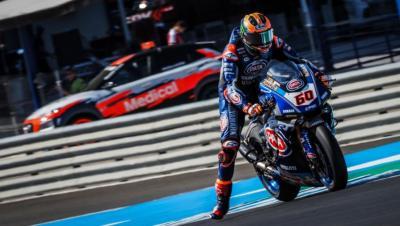 Bautista nella ghiaia di Jerez, vince Van der Mark