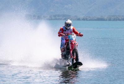 Colombo da record: sull'acqua a 104 km/h con la Honda CRF 450R