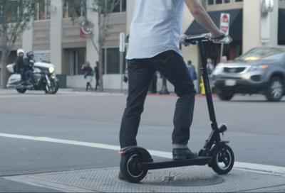 Micromobilità elettrica, un rischio per i motociclisti?