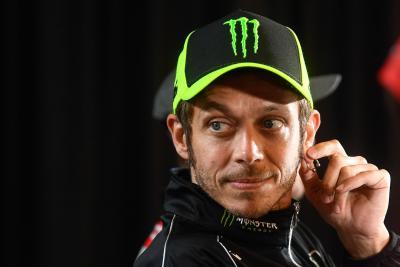 """Rossi: """"Vecchio per lo sport che faccio, ma non per la vita"""""""