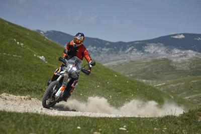 In azione con la KTM 790 Adventure R Rally