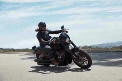 In azione con la nuova Harley-Davidson Low Rider S