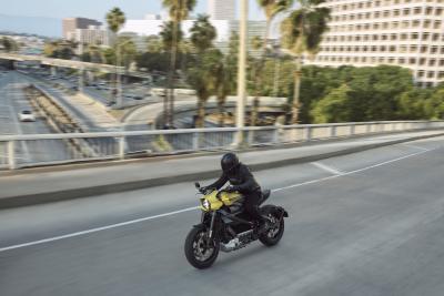 In azione con l'Harley-Davidson LiveWire 2020