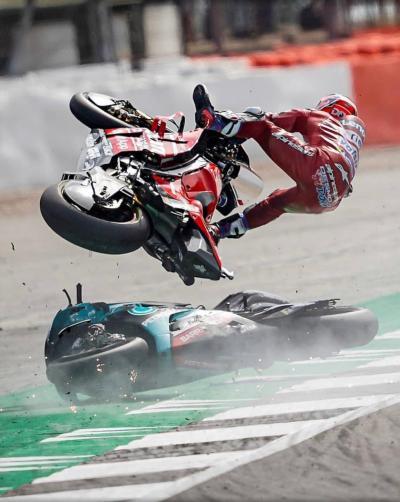 Dovizioso, che botta! Ma rientra in Italia per i test MotoGP
