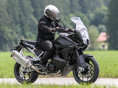 """Radar """"anti-incidenti"""" sulla KTM 1290 Super Adventure 2020"""