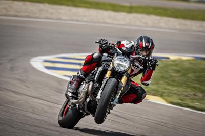 Ducati 2020: la nuova Monster 1200 S Black