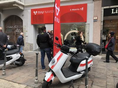 Niu apre il primo flagship store a Milano