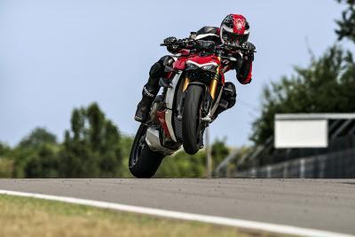 Ducati presenta la nuova Streetfighter V4