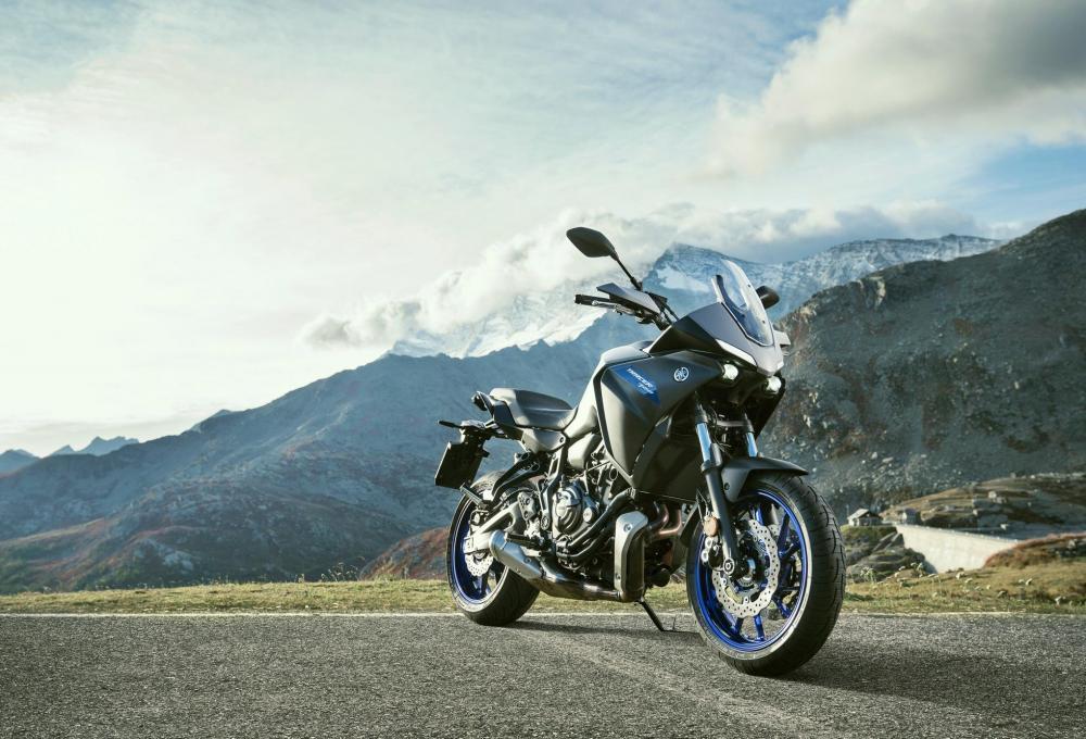 Yamaha Tracer 700: più comfort, look inedito e motore Euro 5