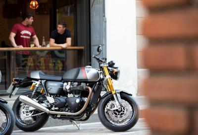 Nuova Triumph Thruxton RS: più potente e leggera