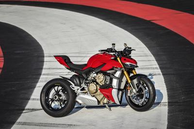 Ducati Streetfighter V4, l'intervista al designer