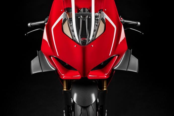 In arrivo la nuova Ducati V4 Superleggera: 236 CV per 161 kg!