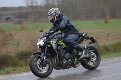 Kawasaki Z900 2020: come va, pregi e difetti