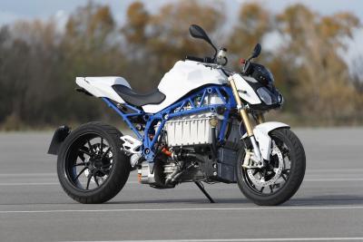 In arrivo una Roadster elettrica di BMW? Ora sembra una S 1000 R